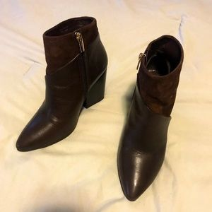 Vince Camuto Booties size 6